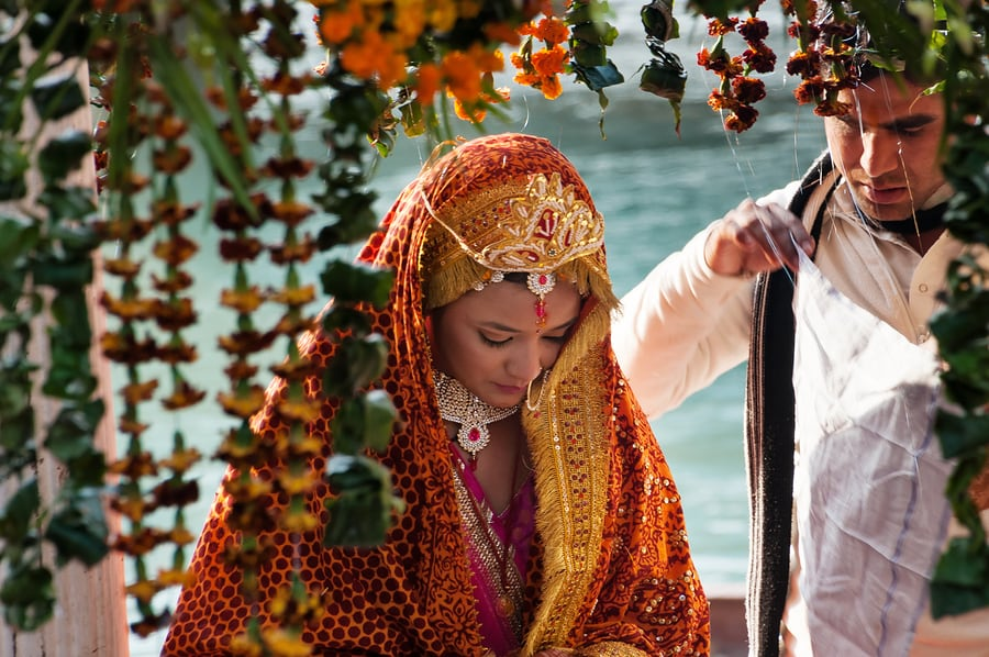 The Weirdest Wedding Traditions In The World: Wedding Traditions Around The World: 15 Extremely Strange
